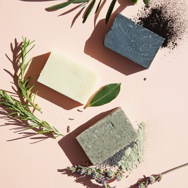 Apeiranthos Poppy soap   Green clay + Lavender 100gr